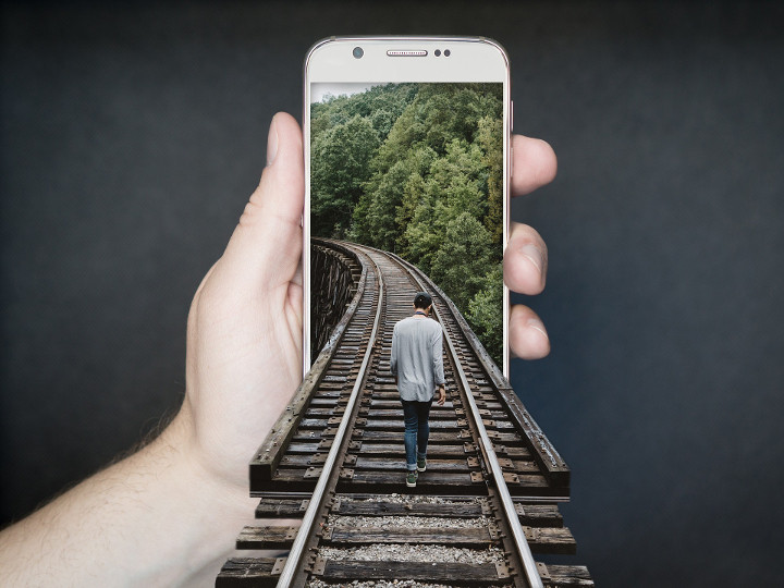 Nick's Blog: Can You Escape From Your Smartphone?