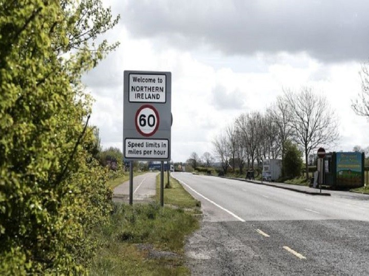 UK Brexit position paper opposes Irish border posts